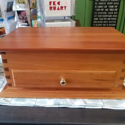 Plain Top Jewelry Chest 1