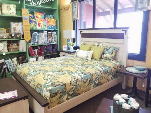 Farmhouse Heritage Queen Bed 1