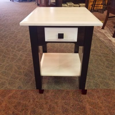 Iris Collection End Table 1