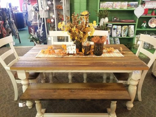 Old Tradition Dining Set 4